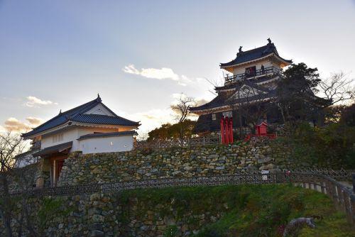 夕刻の浜松城
