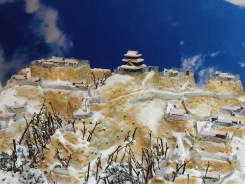 雪の春日山城