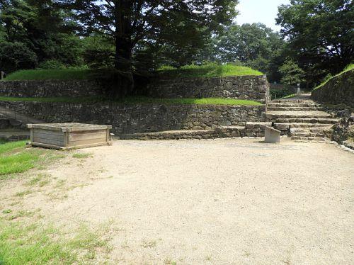 金山城(日本100名城) 7 日ノ池から南曲輪