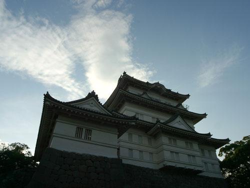 名峰祖母山、阿蘇山に囲まれている紅葉の岡城 Beautiful mountains surrounding Okajou castle
