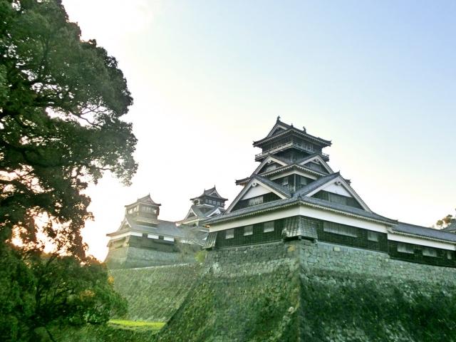 紅葉に彩られた岡城の大手門を歩く Walking main gate of Okajou castle colored with autumn leaves